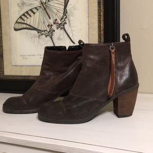 Dolce Vita Brown Suede Boots 9.5